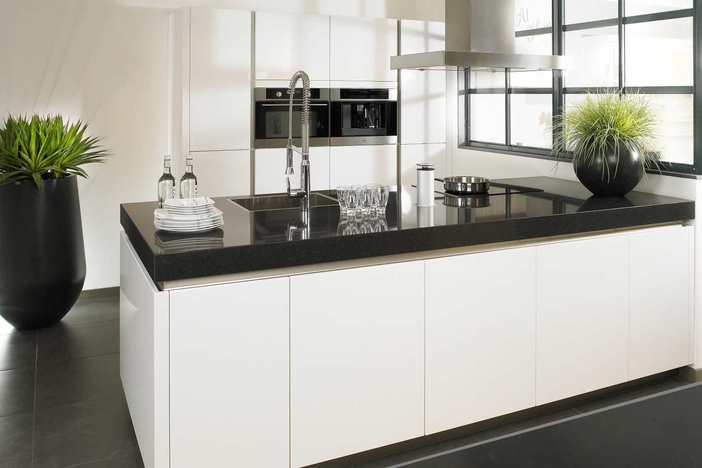 Keukeneiland T Vorm : U wilt een keuken met eiland veel keus lage nettoprijzen pelma