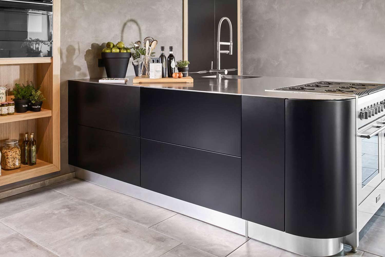 Achterwand Keuken Rvs : Een RVS aanrechtblad past in iedere keukenstijl. – Pelma