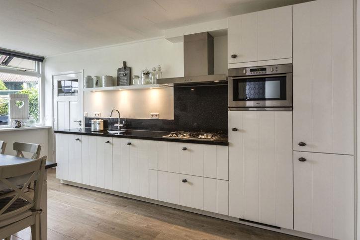 Witte keukens in elke stijl en budget vind informatie en inspiratie pelma - Witte en grijze keuken ...
