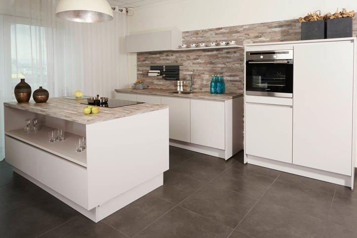 Witte keukens in elke stijl en budget. vind informatie en ...