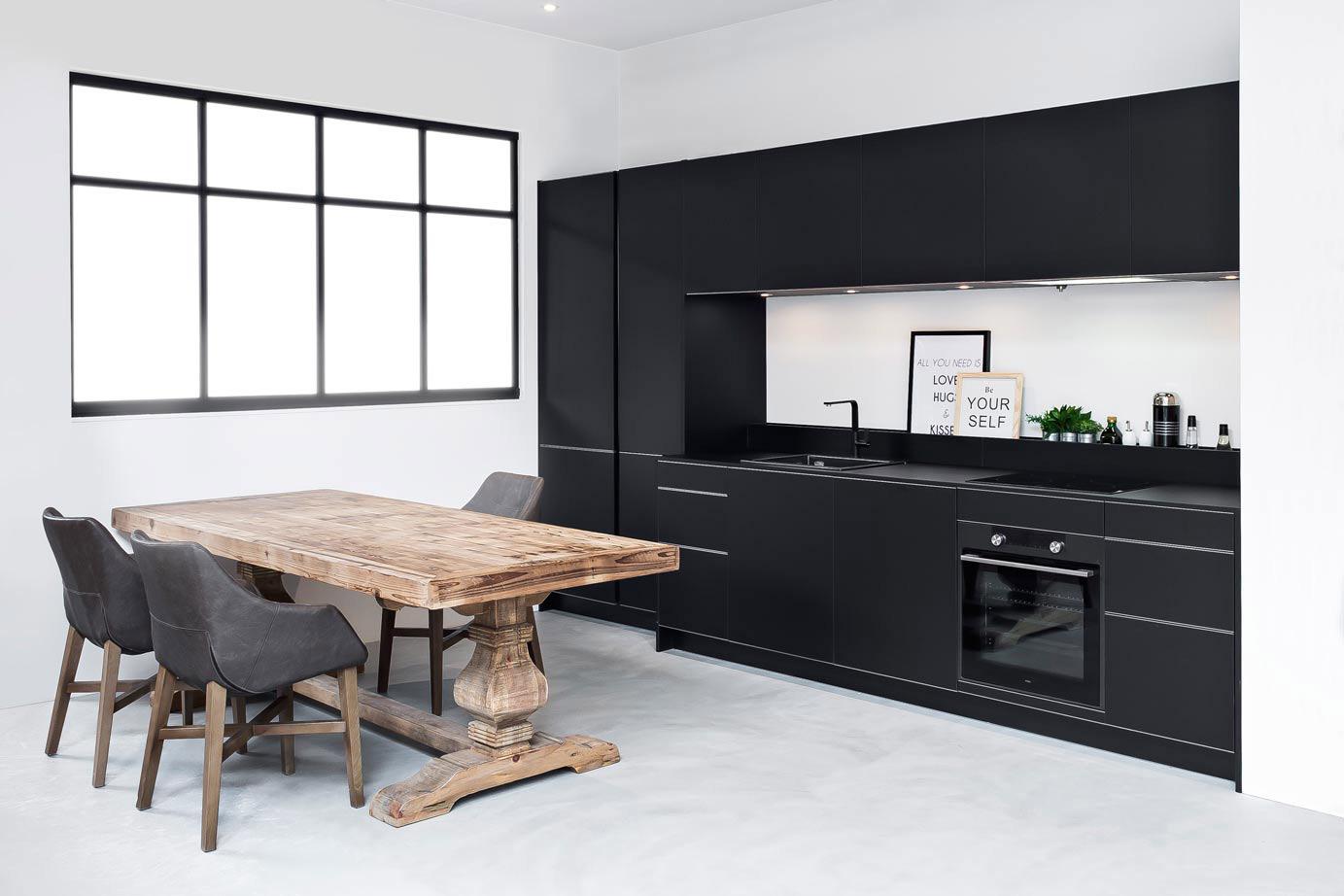 Keuken Zwart Mdf : Zwarte keukens in diverse stijlen en prijsklassen. – Pelma
