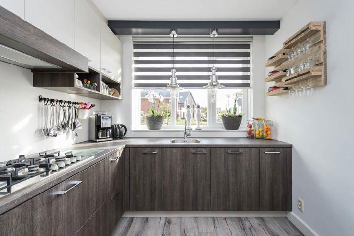 Raam rechte keuken - Center meubilair keuken ...