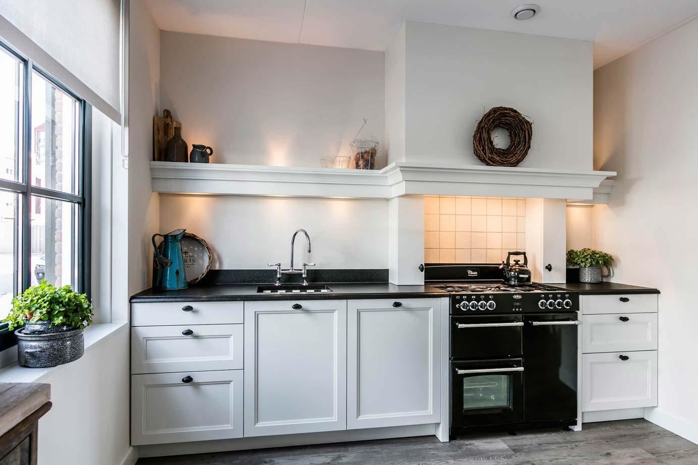 Landelijke Keuken Plafond : Op zoek naar landelijke keukens? Laat u informeren en