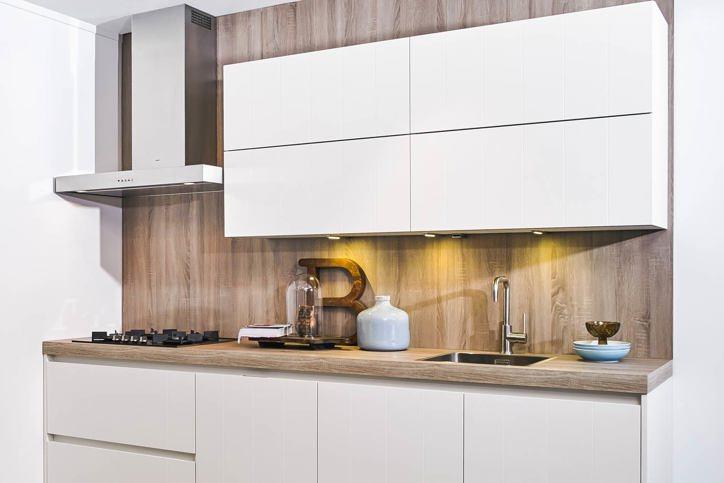 Moderne Witte Keukens : Onze moderne keukens: eigentijds en doordacht. lees meer! pelma
